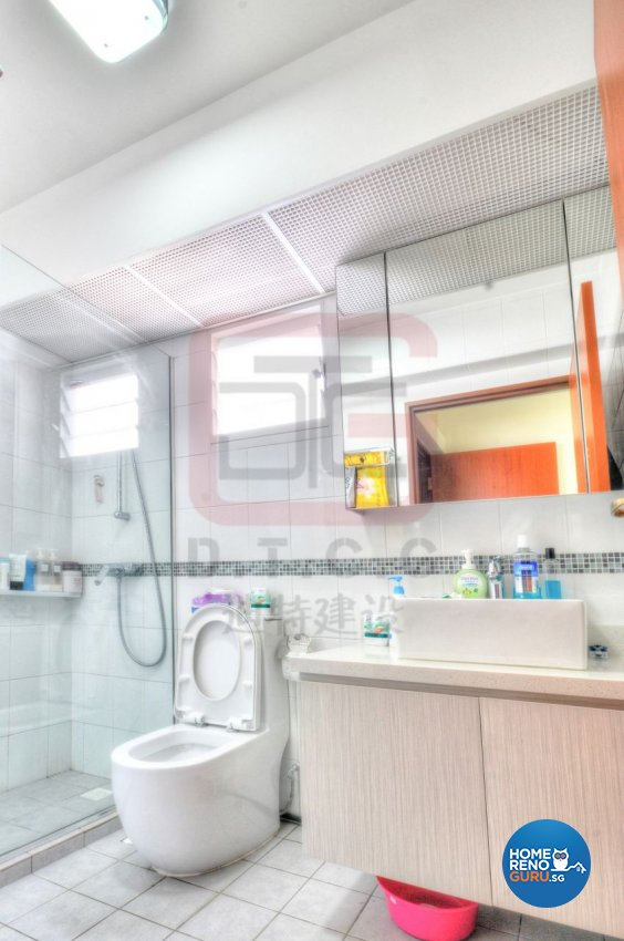 Contemporary, Minimalist, Modern Design - Bathroom - HDB 4 Room - Design by DT construction group Pte ltd