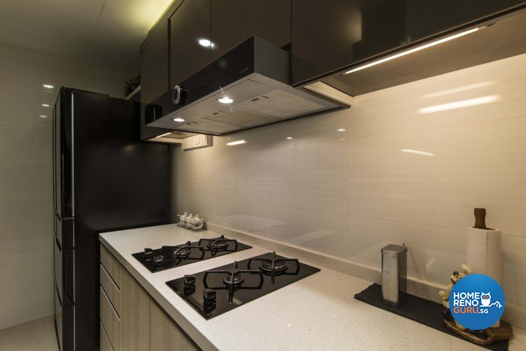 Contemporary Design - Kitchen - Condominium - Design by Dzign Station Pte ltd