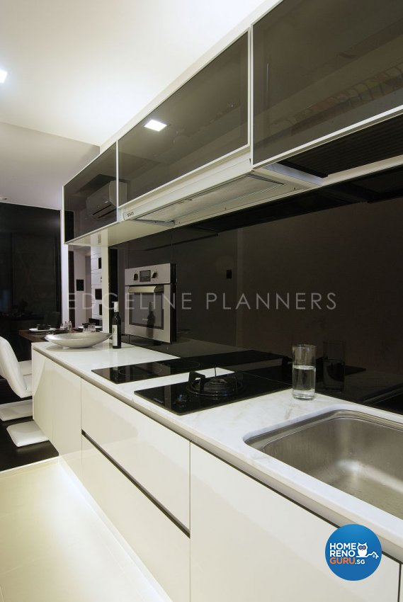 Contemporary, Modern Design - Kitchen - HDB 3 Room - Design by Edgeline Planners Pte Ltd