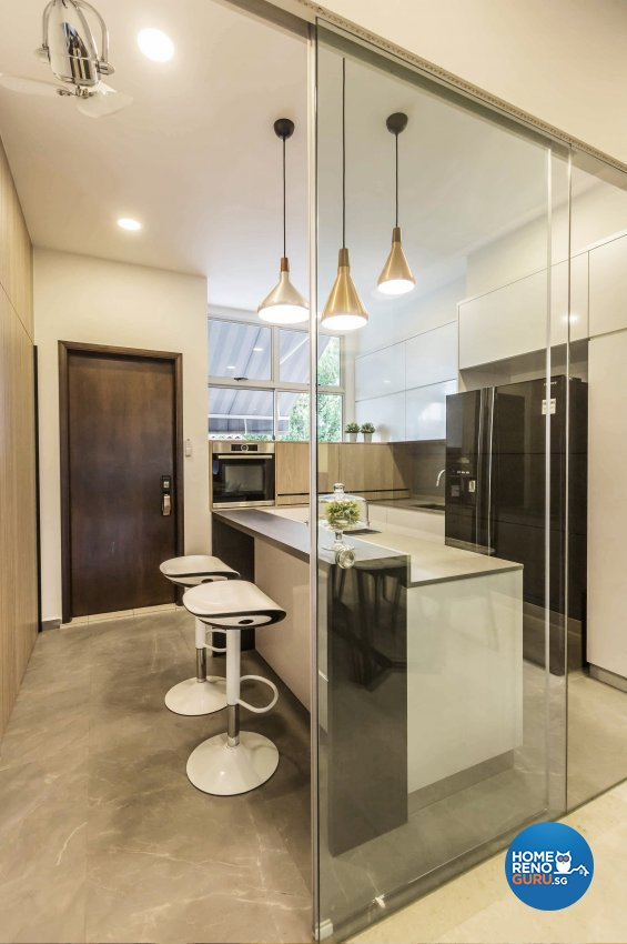 Contemporary Design - Kitchen - Landed House - Design by Edgeline Planners Pte Ltd