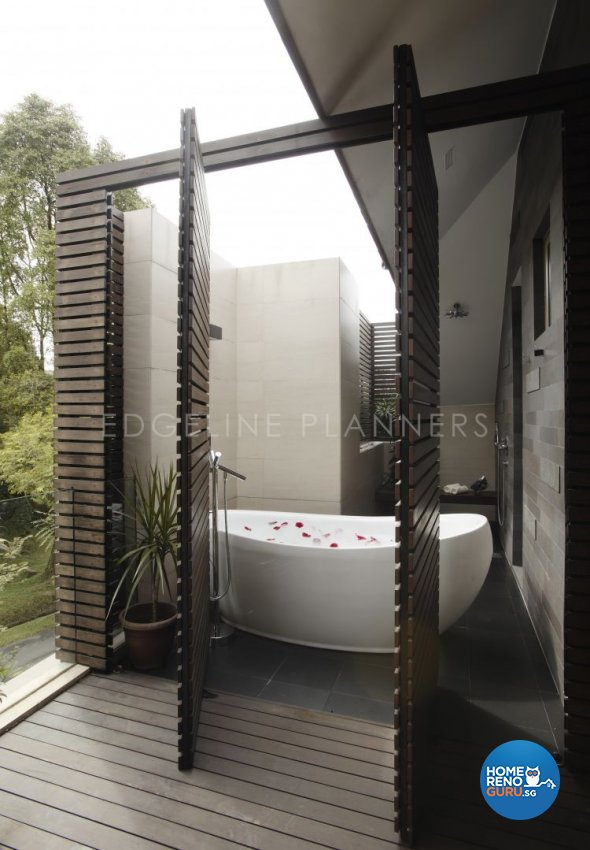 Contemporary, Modern Design - Bathroom - Landed House - Design by Edgeline Planners Pte Ltd