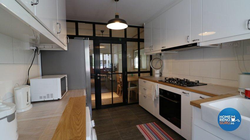 Contemporary, Modern Design - Kitchen - HDB 3 Room - Design by E+e Design & Build