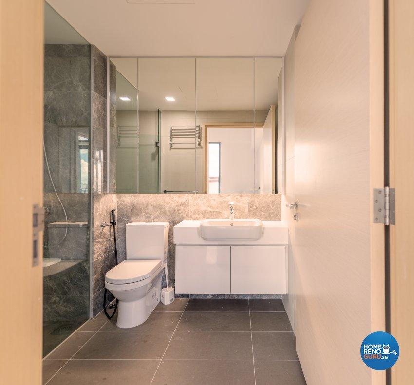 Minimalist Design - Bathroom - Condominium - Design by Einstein Studio Pte Ltd