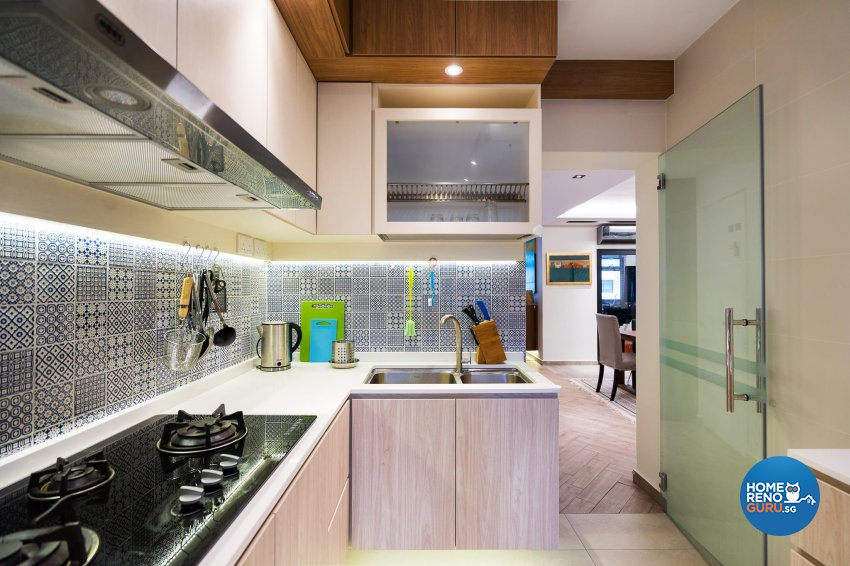 Contemporary Design - Kitchen - HDB 5 Room - Design by Fineline Design Pte Ltd
