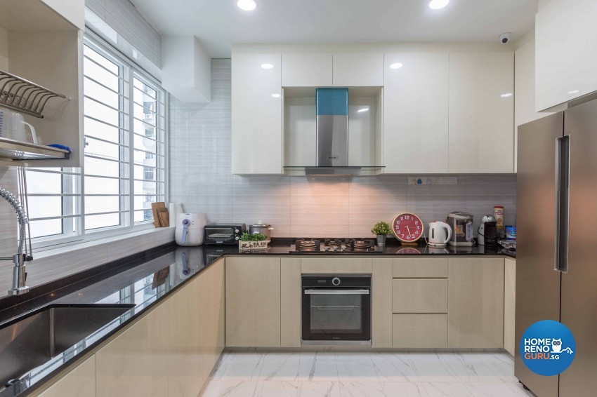 Classical, Contemporary Design - Kitchen - Condominium - Design by Flo Design Pte Ltd