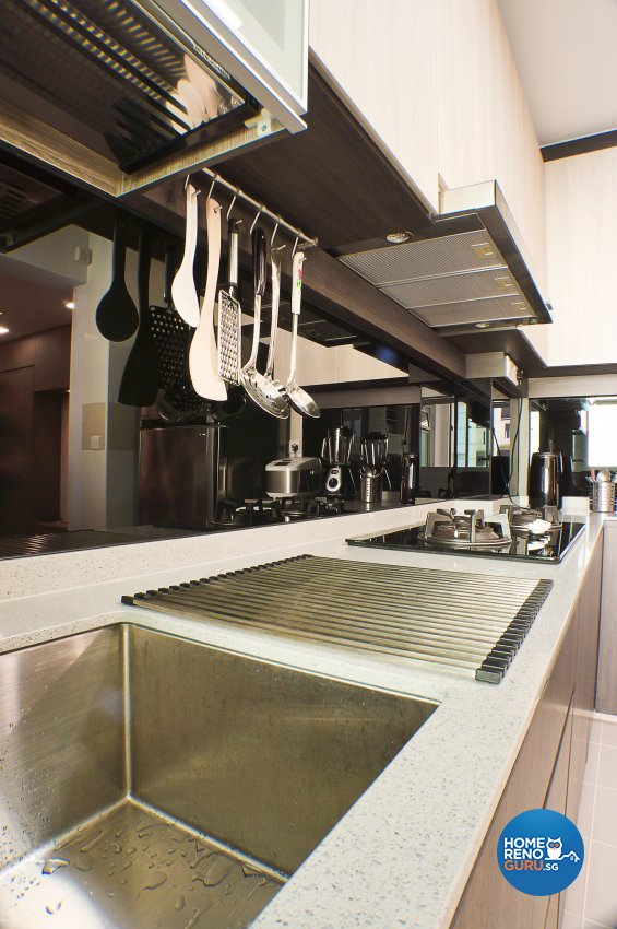 Classical, Contemporary Design - Kitchen - HDB 4 Room - Design by Flo Design Pte Ltd
