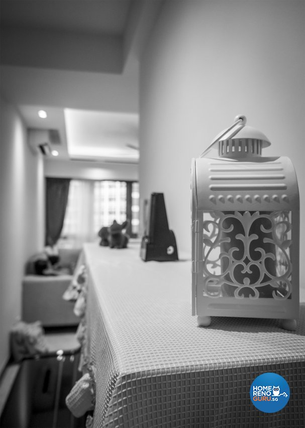 Contemporary, Modern Design - Dining Room - Condominium - Design by Flo Design Pte Ltd