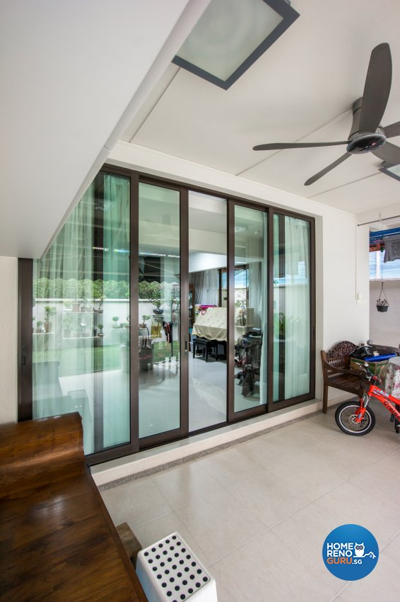 Contemporary Design - Balcony - Landed House - Design by Flo Design Pte Ltd