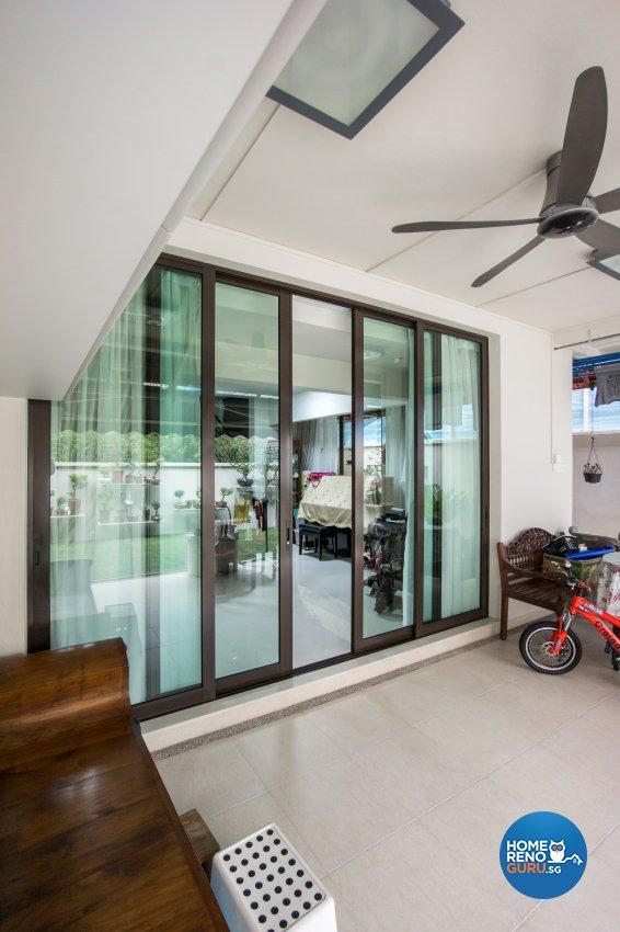 Contemporary Design - Balcony - Landed House - Design by Flo Design Pte Ltd