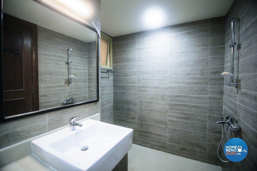 Modern Design - Bathroom - Condominium - Design by How 2 Design Pte Ltd