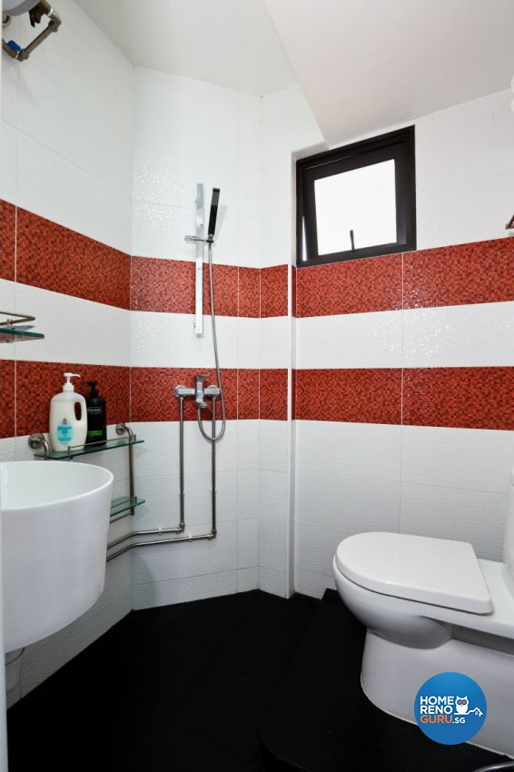 Minimalist Design - Bathroom - HDB 3 Room - Design by Hwa Li Design & Build Pte Ltd