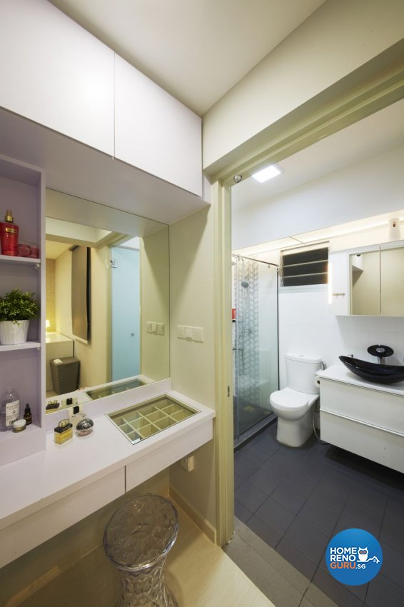 Contemporary, Modern Design - Bathroom - HDB 5 Room - Design by I-chapter Pte Ltd