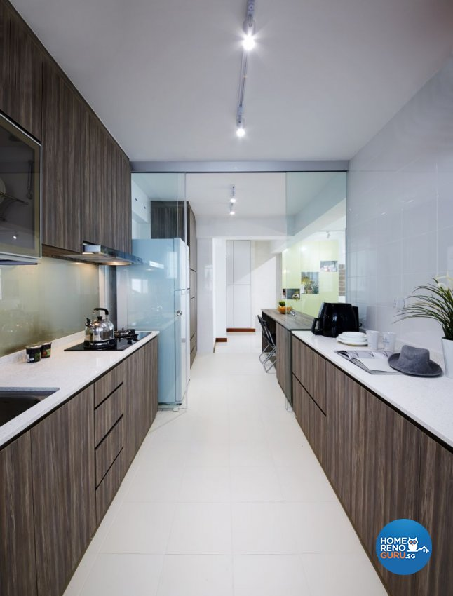 Tropical Design - Kitchen - HDB 5 Room - Design by I-chapter Pte Ltd