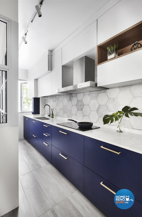 Others, Resort Design - Kitchen - HDB Executive Apartment - Design by Icon Interior Design