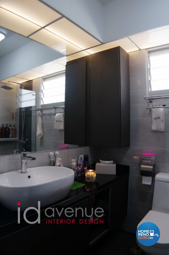 Industrial, Modern Design - Bathroom - HDB 5 Room - Design by ID Avenue Pte Ltd (Interior Design Avenue)