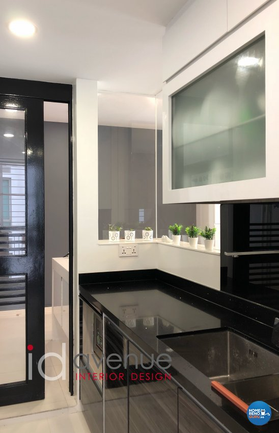 Contemporary, Modern Design - Kitchen - Condominium - Design by ID Avenue Pte Ltd (Interior Design Avenue)