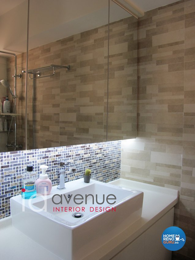 Contemporary, Modern Design - Bathroom - HDB 5 Room - Design by ID Avenue Pte Ltd (Interior Design Avenue)