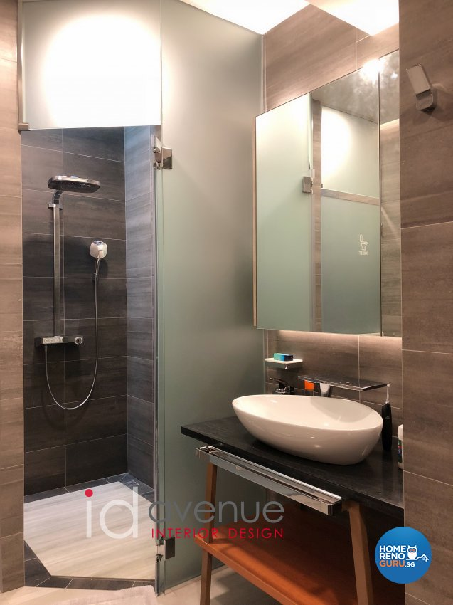 Contemporary, Modern Design - Bathroom - Landed House - Design by ID Avenue Pte Ltd (Interior Design Avenue)