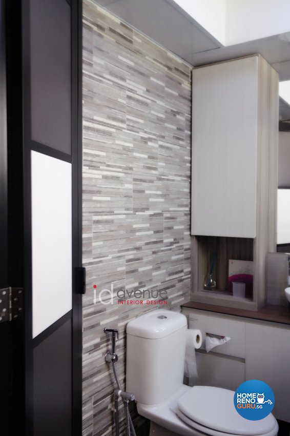 Contemporary Design - Bathroom - HDB 5 Room - Design by ID Avenue Pte Ltd (Interior Design Avenue)