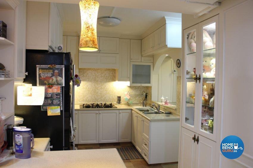 Classical Design - Kitchen - HDB Executive Apartment - Design by Impression Design Firm Pte Ltd
