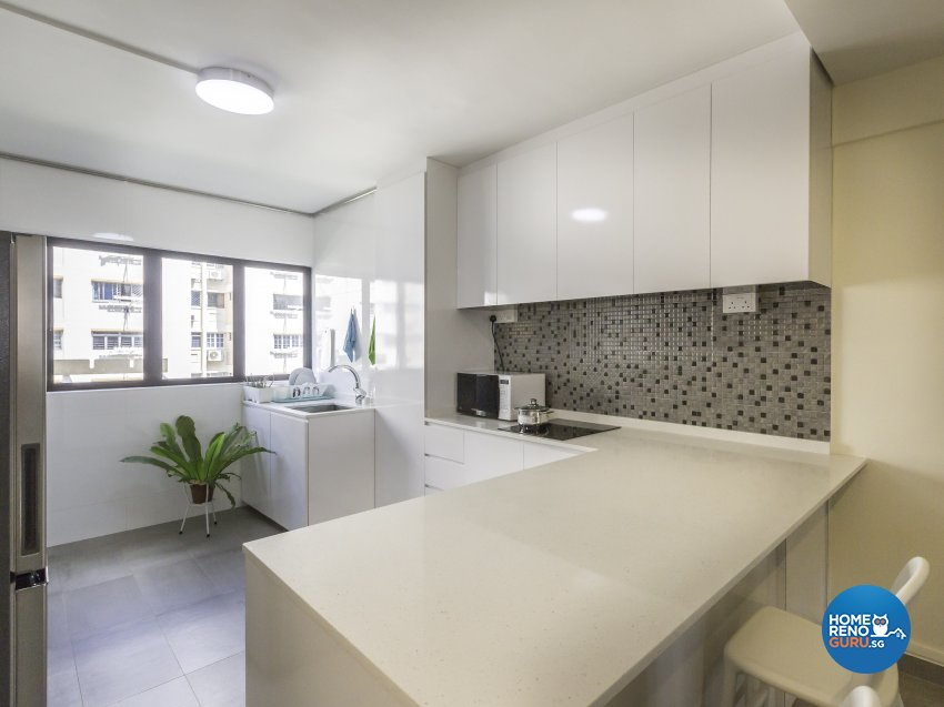 Minimalist Design - Kitchen - HDB 3 Room - Design by In2Space Interior Pte Ltd