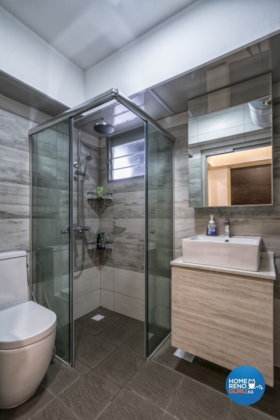 Contemporary, Minimalist, Modern Design - Bathroom - HDB 5 Room - Design by In2Space Interior Pte Ltd