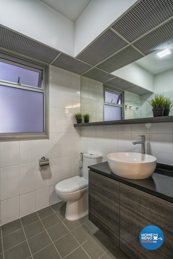 Contemporary, Modern Design - Bathroom - HDB 5 Room - Design by In2Space Interior Pte Ltd