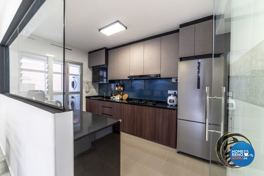 Contemporary, Modern Design - Kitchen - HDB 5 Room - Design by Jialux Interior Pte Ltd