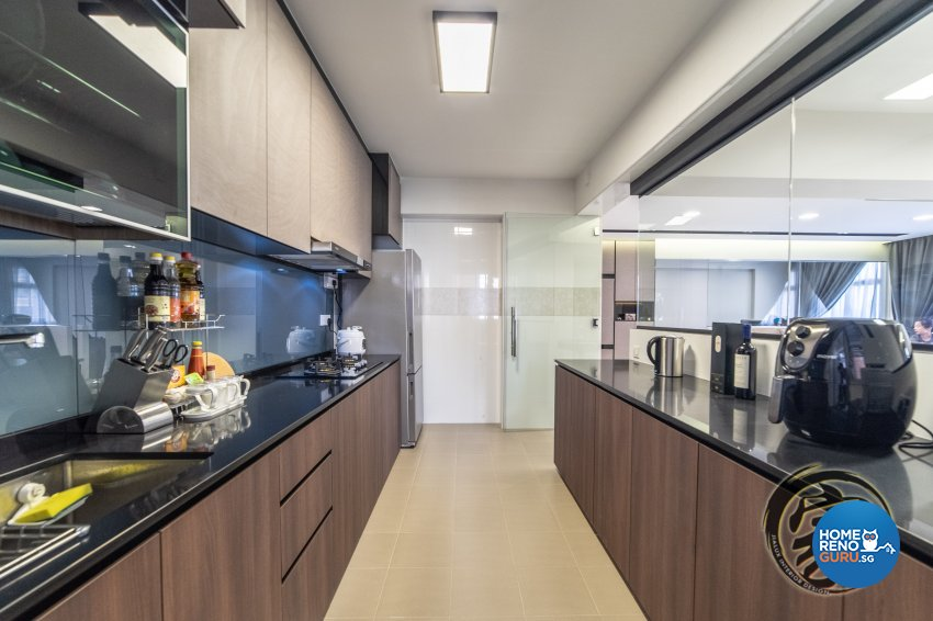 Contemporary, Modern Design - Kitchen - HDB 5 Room - Design by Jialux Interior Pte Ltd