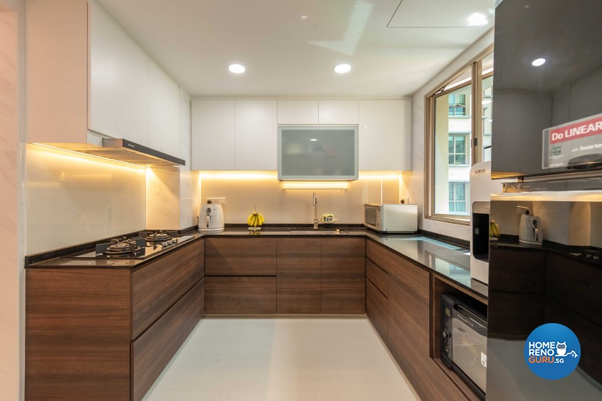 Modern Design - Kitchen - Condominium - Design by Leef Deco Pte Ltd