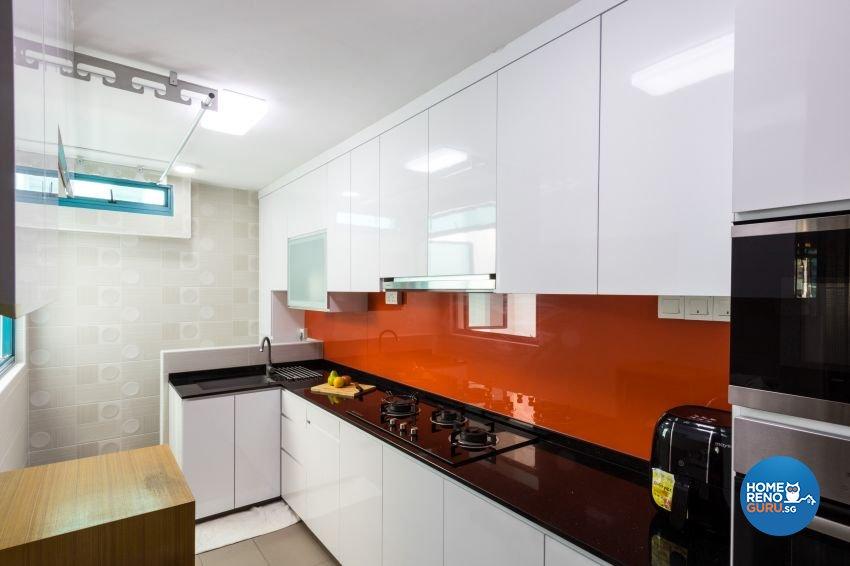Modern Design - Kitchen - HDB 5 Room - Design by Lux Design Pte Ltd
