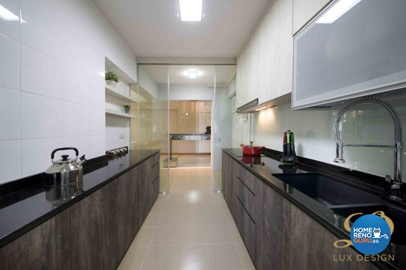 Contemporary, Modern Design - Kitchen - HDB 5 Room - Design by Lux Design Pte Ltd