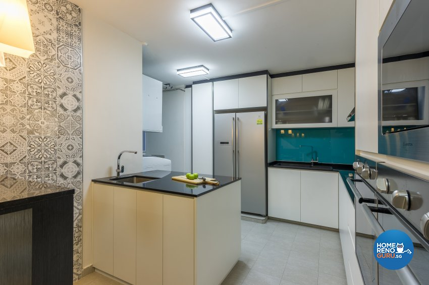 Classical, Contemporary Design - Kitchen - HDB Executive Apartment - Design by Luxurious Design Pte Ltd