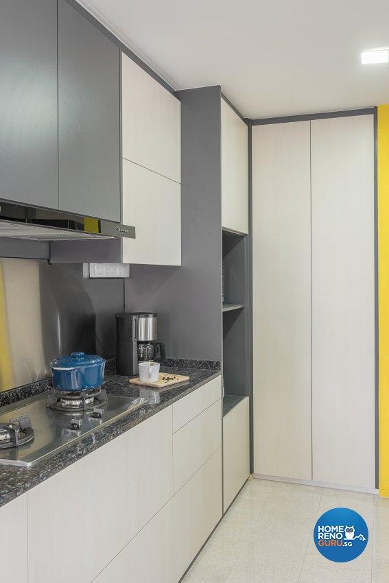 Modern Design - Kitchen - Landed House - Design by Luxurious Design Pte Ltd