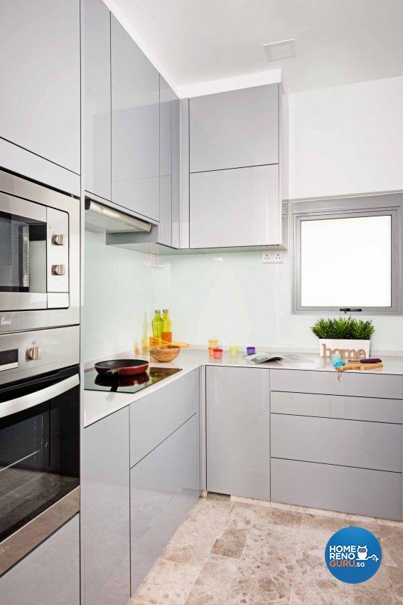 Contemporary, Modern Design - Kitchen - Condominium - Design by Luxurious Design Pte Ltd