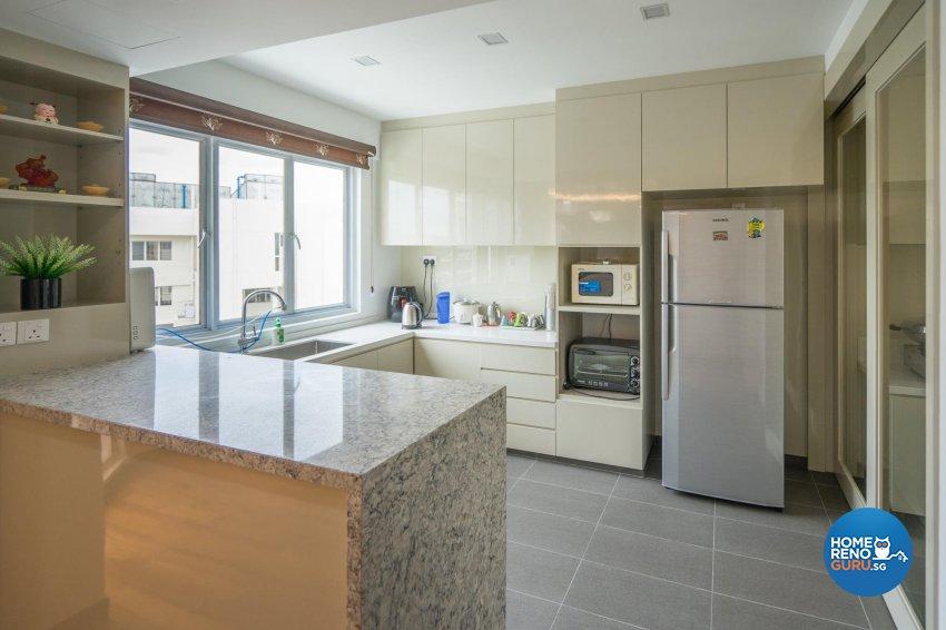Oriental Design - Kitchen - Condominium - Design by MADE Artisan ID Pte Ltd