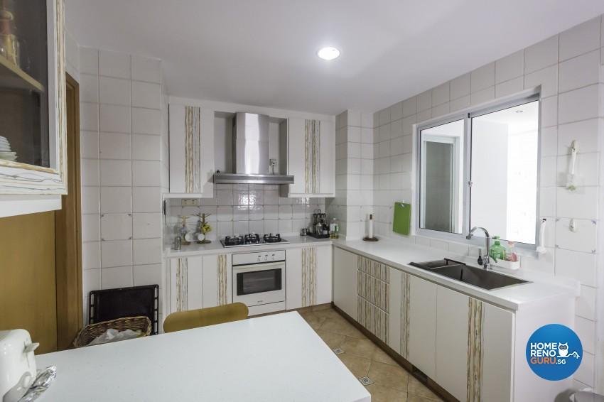 Modern Design - Kitchen - Condominium - Design by MJS Interior Pte Ltd
