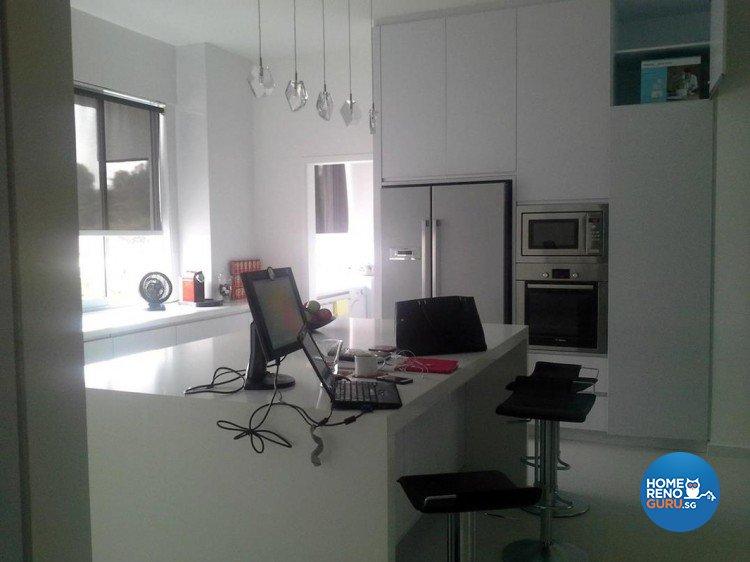 Contemporary, Minimalist Design - Kitchen - Condominium - Design by Palmwood Pte Ltd