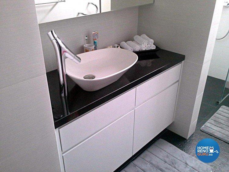 Contemporary, Minimalist Design - Bathroom - Condominium - Design by Palmwood Pte Ltd