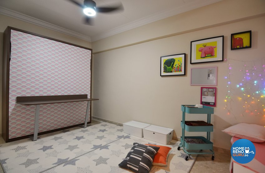 Contemporary Design - Entertainment Room - HDB 5 Room - Design by Palmwood Pte Ltd