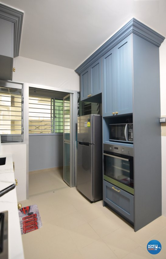 Country Design - Kitchen - HDB 4 Room - Design by Palmwood Pte Ltd