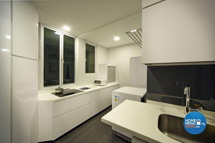 Contemporary, Modern Design - Kitchen - Condominium - Design by Pavillion Creation Pte Ltd