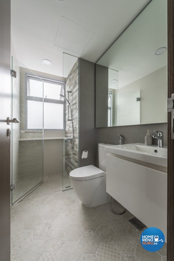 Industrial, Minimalist, Modern Design - Bathroom - Condominium - Design by Posh Living Interior Design Pte Ltd