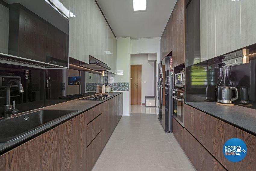 Minimalist, Modern Design - Kitchen - HDB 5 Room - Design by Posh Living Interior Design Pte Ltd