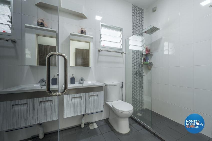 Minimalist, Modern Design - Bathroom - HDB 5 Room - Design by Posh Living Interior Design Pte Ltd