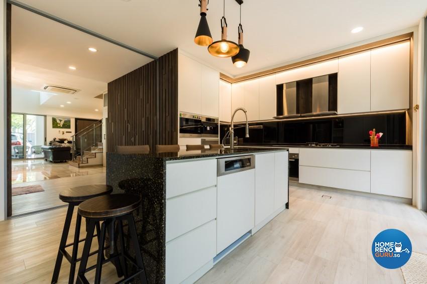Modern Design - Dining Room - Landed House - Design by Renozone Interior Design House