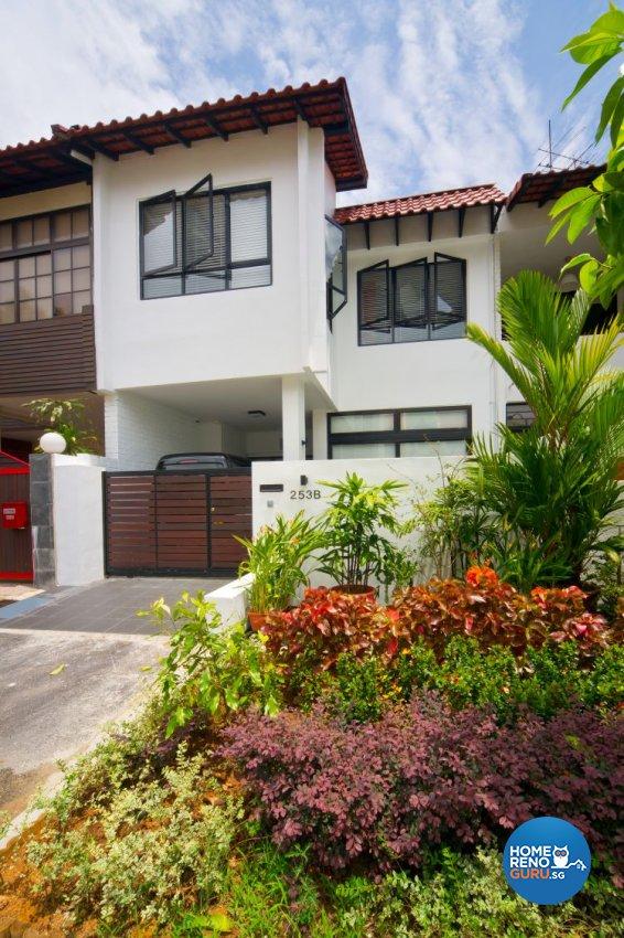 Contemporary, Industrial, Minimalist Design - Garden - Landed House - Design by Renozone Interior Design House