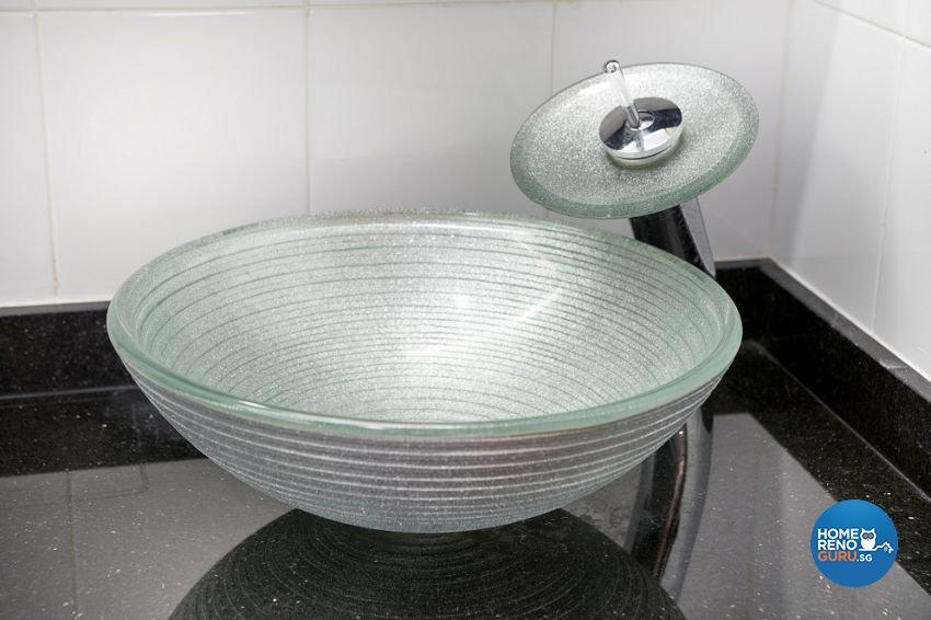Contemporary, Modern Design - Bathroom - HDB 5 Room - Design by Six Dimension Design & Decor Pte Ltd