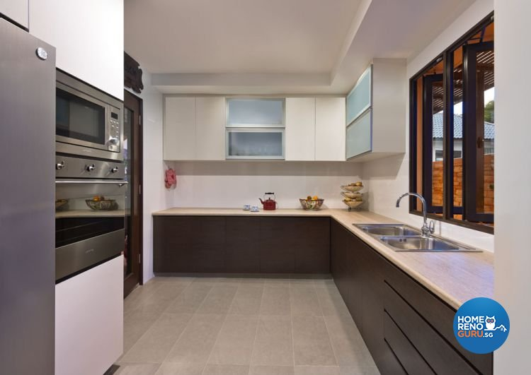 Contemporary, Modern Design - Kitchen - Landed House - Design by Space Factor Pte Ltd