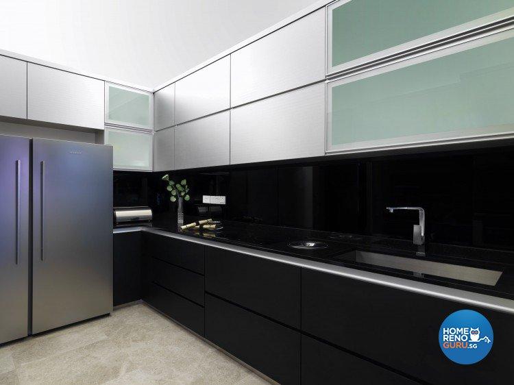 Contemporary, Modern Design - Kitchen - Landed House - Design by Space Vision Design Pte Ltd